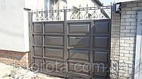 Распашные ворота со встроенной калиткой ш3000, в2500 (дизайн шоколадка, филенка линза), фото 2