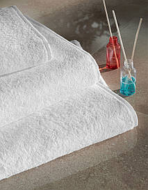 Полотенце махровое 70*140-Белый, 550 гр/м²