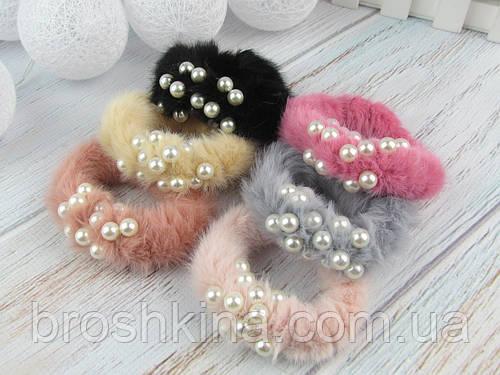 Меховые резинки для волос Ø7.5 см с жемчугом 12 шт/уп. цветные