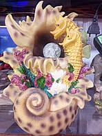 Декоротивный фонтан с подсветкой морской