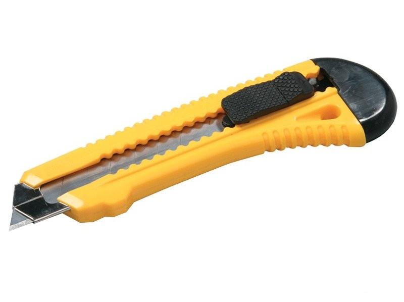 Нож 17-0528  18мм Master-tool