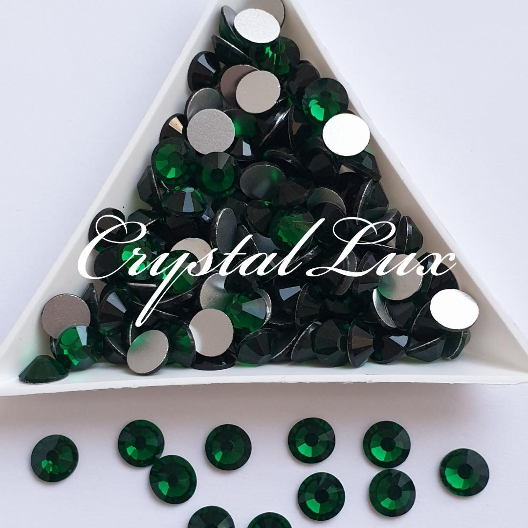 "Стразы ss16 Emerald (4,0мм) 100шт ""Crystal Premium"""