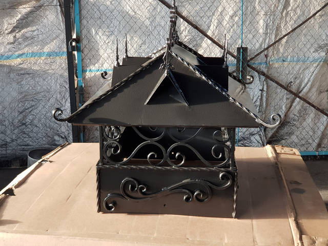 Кованый колпак (дымник) на дымоход -1