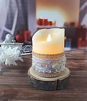 LED свічка (вічна свічка ) на дерев'яному спилі