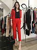Классический брючный костюм удлиненный пиджак жакет прямые брюки красный коралловый, фото 7