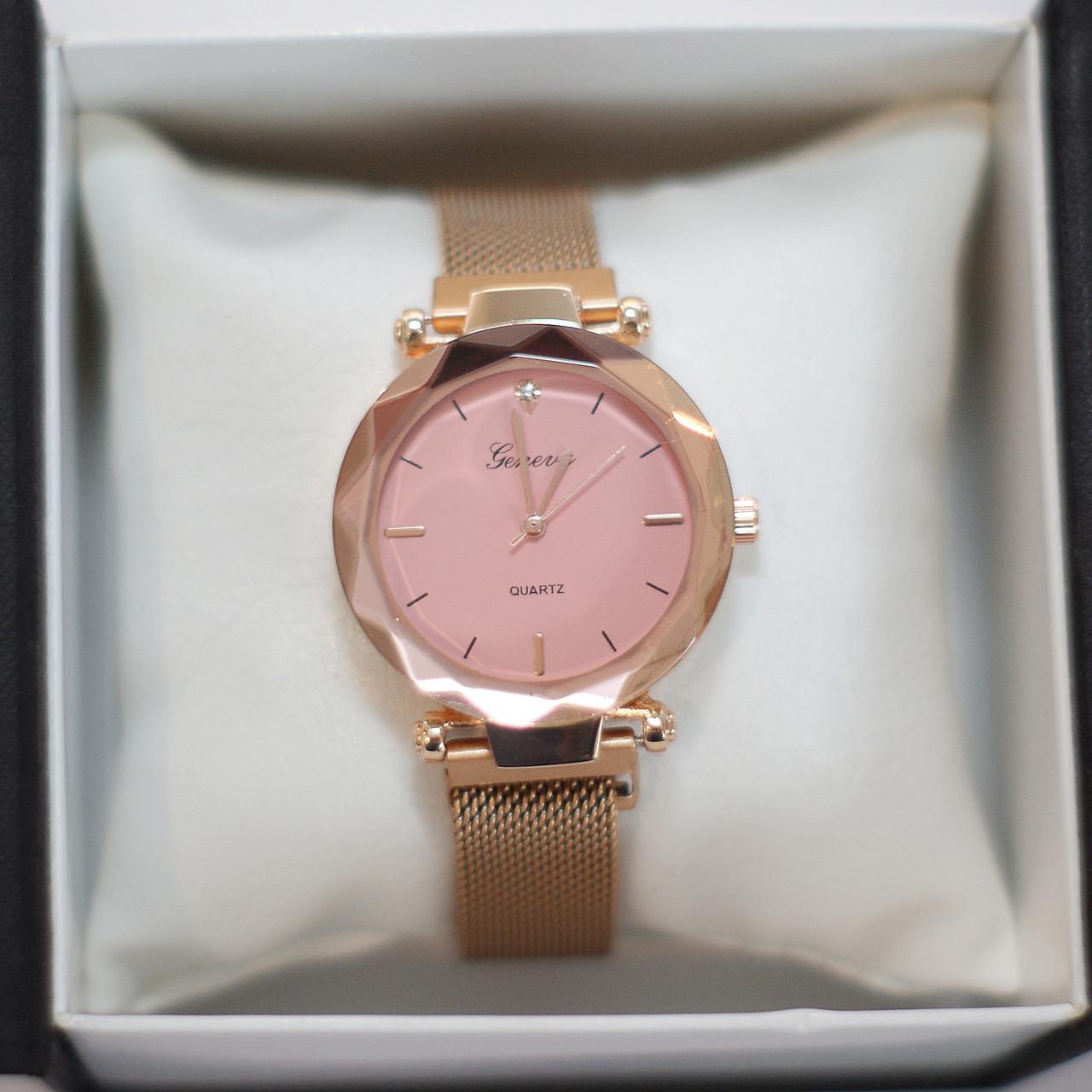 Женские наручные часы Geneva, золото с розовым циферблатом