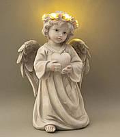 Статуэтка Ангел светящийся с сердцем. Пасхальные сувениры