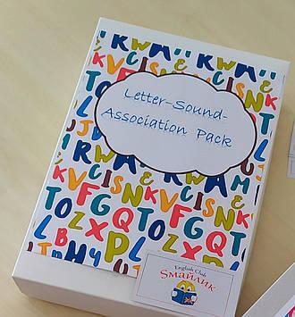 Комплект для изучения букв, звуков и слов-ассоциаций английского языка