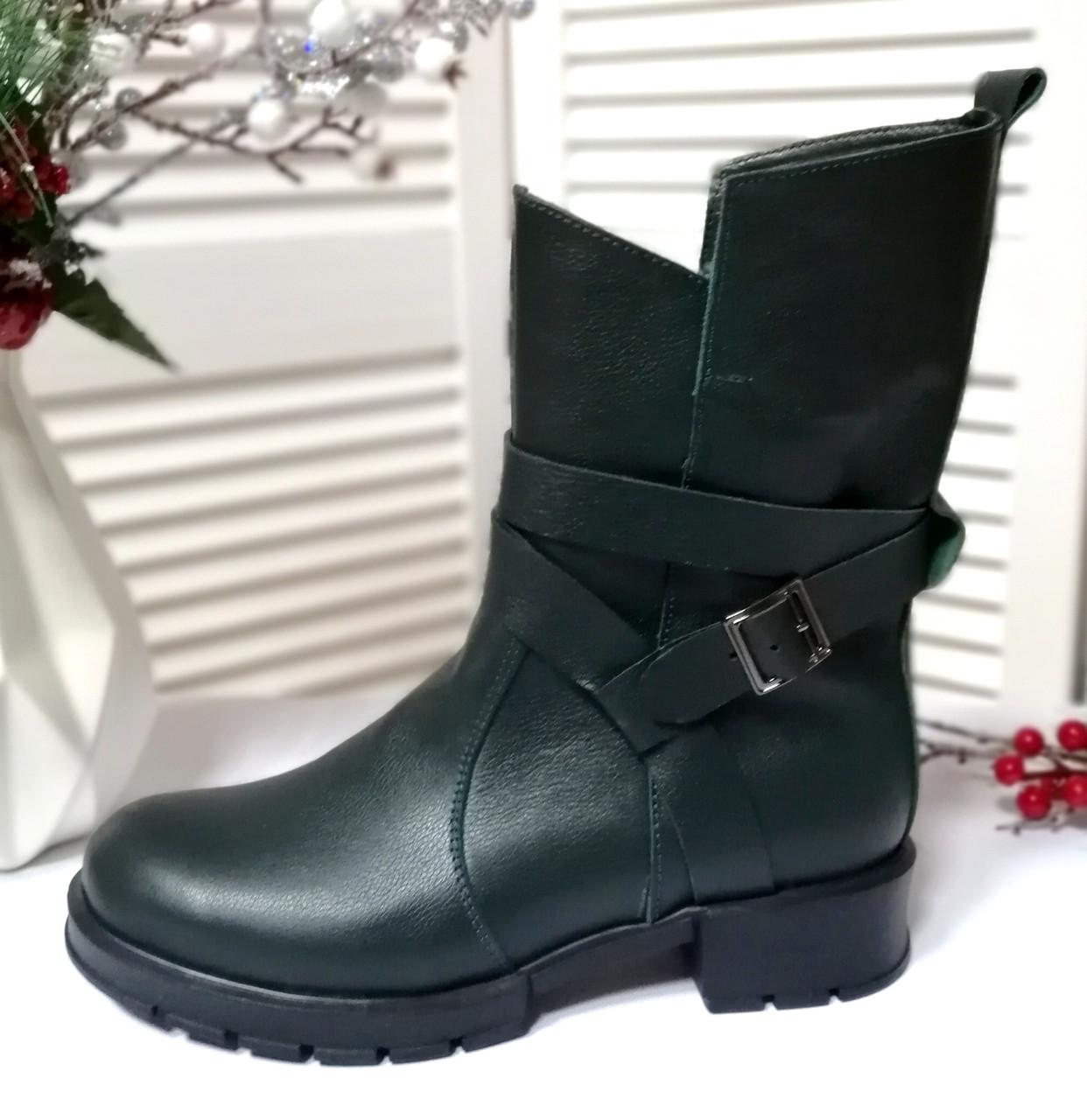 Жіночі зелені черевики на платформі