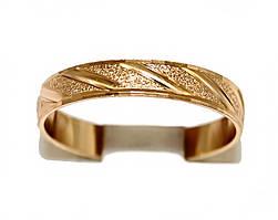 Обручальное кольцо. Рифлёное. Фирма Xuping, цвет: позолота . Ширина кольца: 4 мм. Есть 17 р.