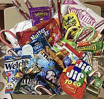 Большая подарочная коробка американских сладостей