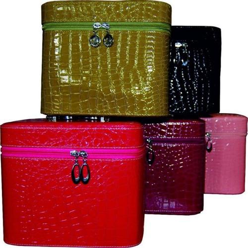 Чемоданы, кейсы, сумки для мастеров бьюти индустрии, косметички