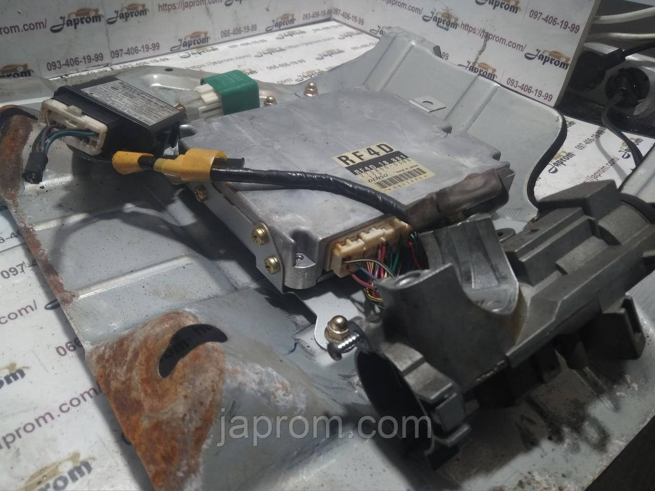 Блок управления двигателем комплект Mazda 323 BJ 1997-2002г.в. RF4D