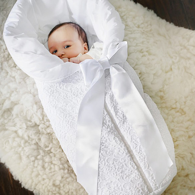 Конверты и наборы для новорожденых