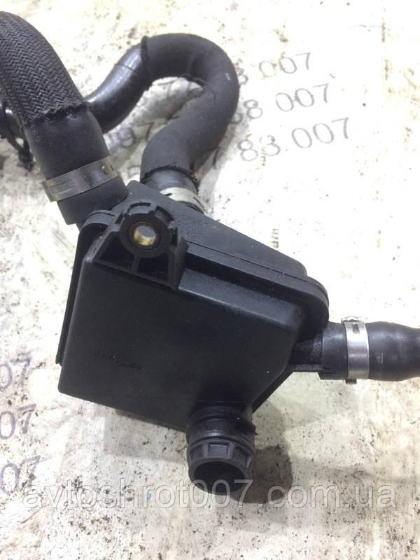 Блок вентиляції картерних газів Citroen C8 9638961080