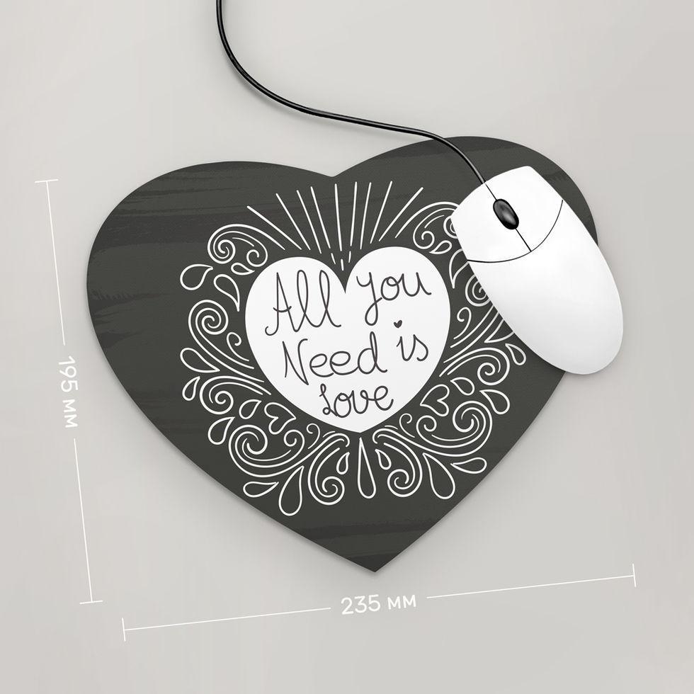 Коврик для мыши Сердце  All You Need is Love