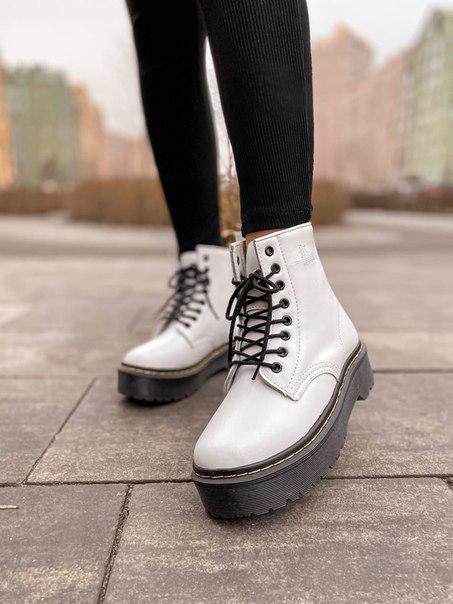 Женские ботинки Dr. Martens White Plarform