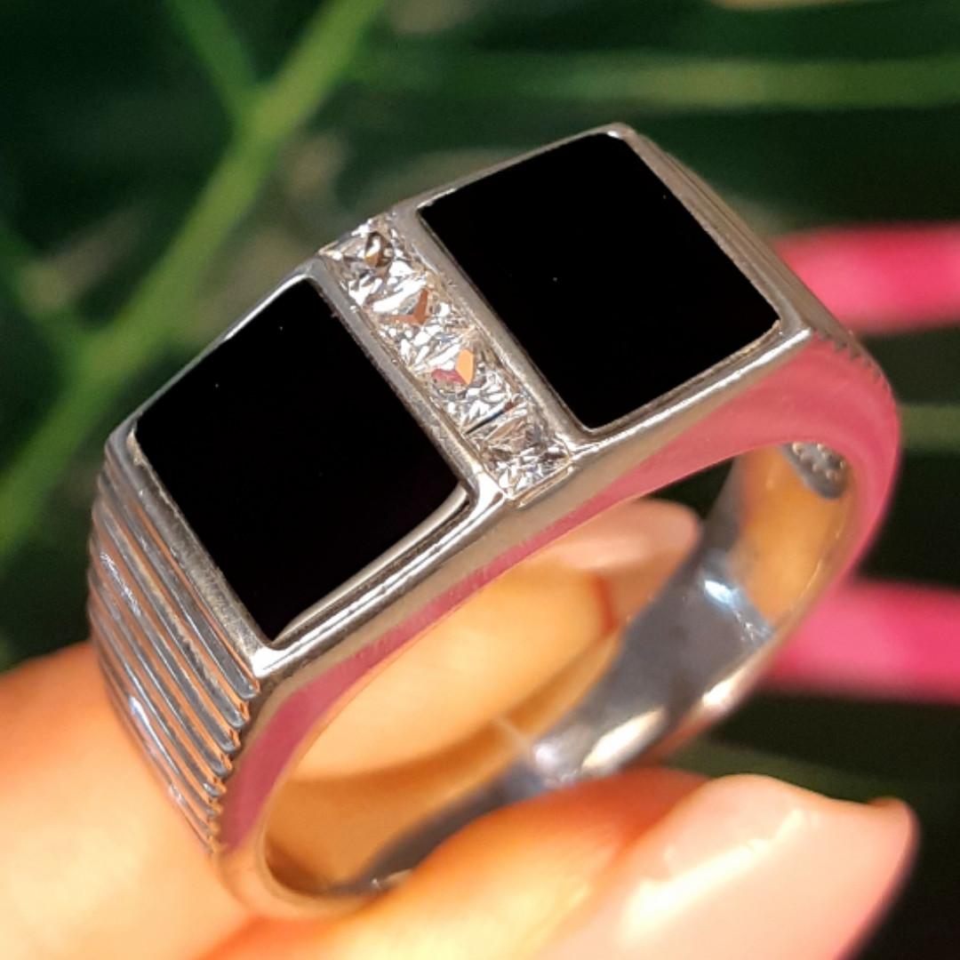 Мужское серебряное кольцо с ониксом - Мужская печатка серебро