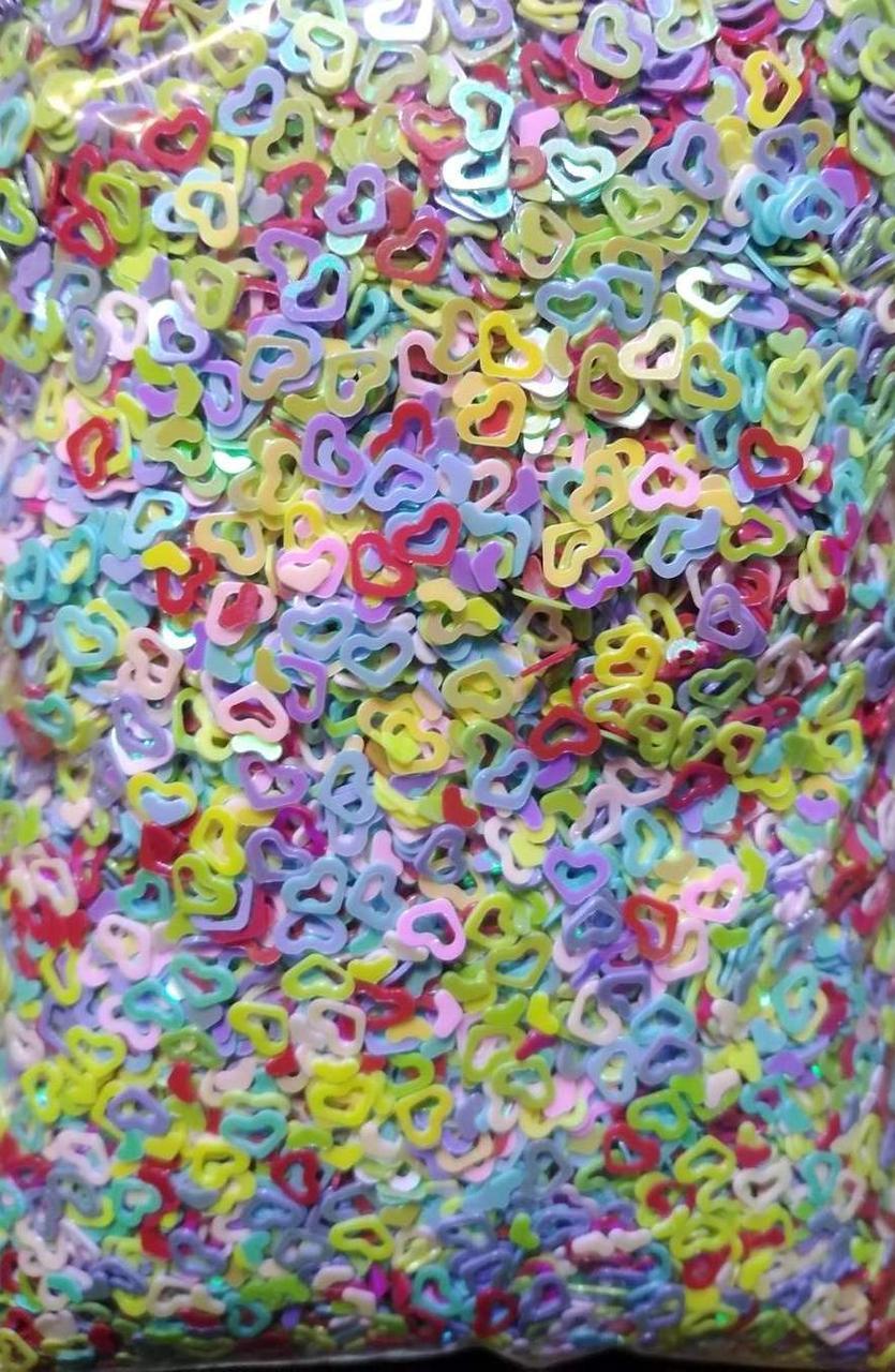 Фигурки для дизайна ногтей сердечки разноцветные