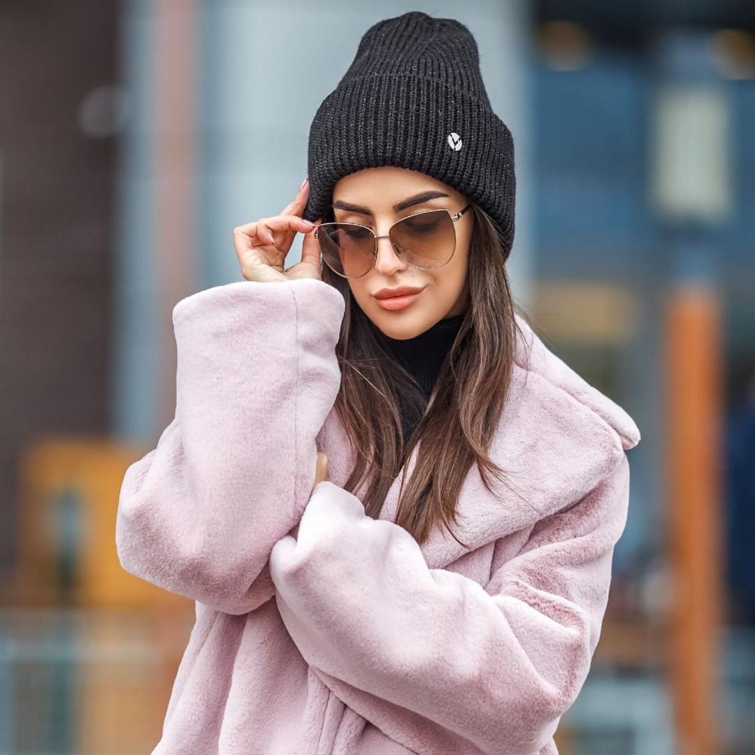 Женская зимняя шапка с люрексом,черного цвета