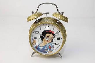 Будильник с рисунком героини мультфильма Белоснежка на циферблате (20283)