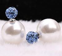 Сережки пуссети, фактура перламутр, колір білий, гвоздик синій декорований кристалами