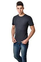 Темная однотонная мужская футболка хлопковая натуральная цвета антрацит