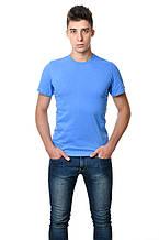 Однотонная хлопковая мужская футболка приталенная синяя классическая
