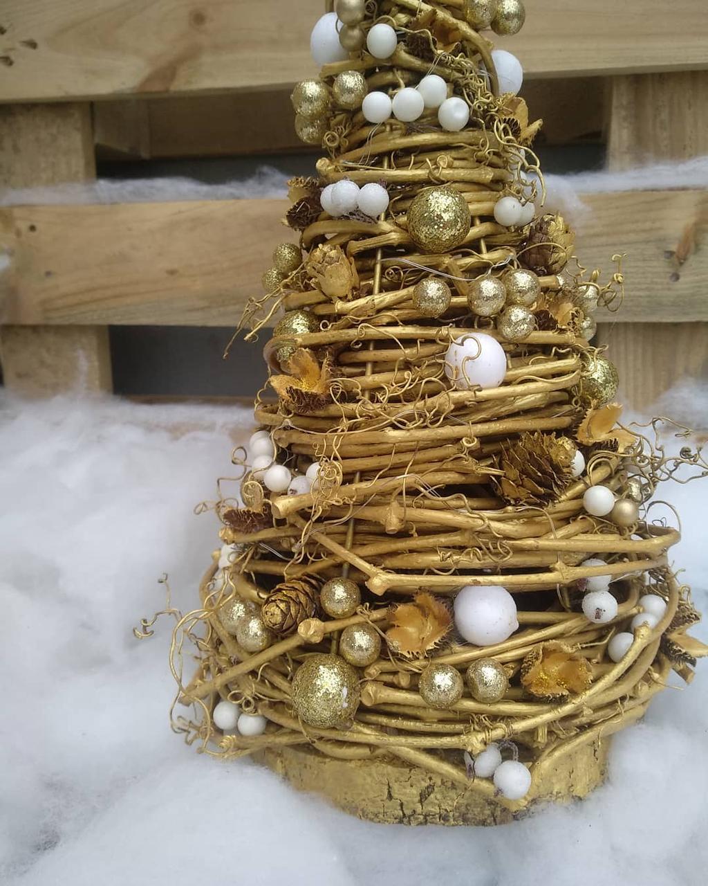 Золотиста новорічна ялинка на стіл 32 см