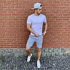 Серая футболка и серые шорты / Летние комплекты для мужчин