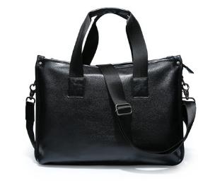 Жіноча сумка чорна кожзам
