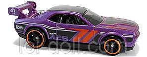Машинка Hot Wheels 2019 Dodge Challenger Drift Car