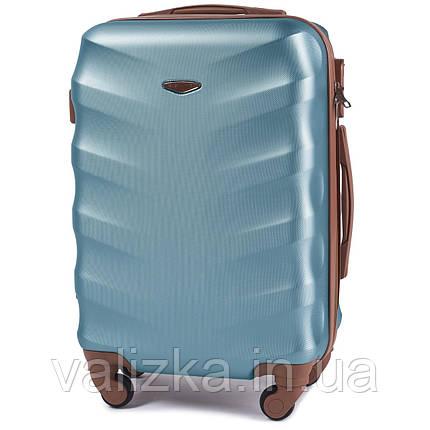 Чемодан из поликарбоната малый S+ ручная кладь Wings с кофейной фурнитурой на 4-х колесах голубой, фото 2