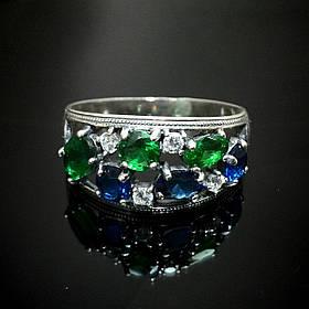 Шикарное серебряное кольцо со вставками из  фианитов, р16