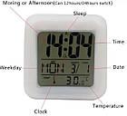 Настольные часы хамелеон Куб Color change с термометром, фото 4