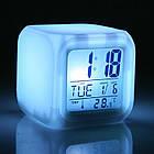 Настольные часы хамелеон Куб Color change с термометром, фото 7