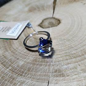 Кольцо серебряное с кристаллами Swarovski, р16-18,5