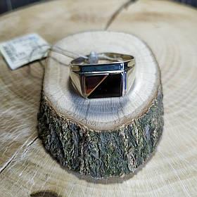 Серебряный мужской перстень с золотой вставкой и ониксом