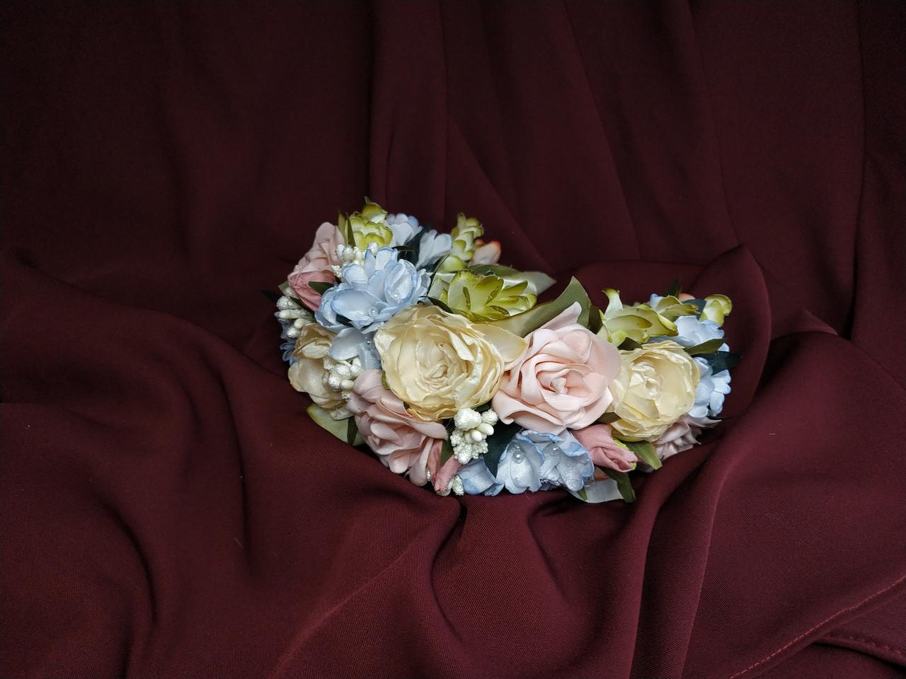 Венок цветочный для волос пудровый с персиковым и голубым