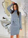 Вязаное платье с кулиской на талии и высоким воротником 7plt683, фото 5