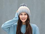 Теплая зимняя женская шапка с меховой подкладкой и бубоном помпоном серая - бежевая - белая, фото 8