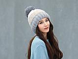 Теплая зимняя женская шапка с меховой подкладкой и бубоном помпоном серая - бежевая - белая, фото 10