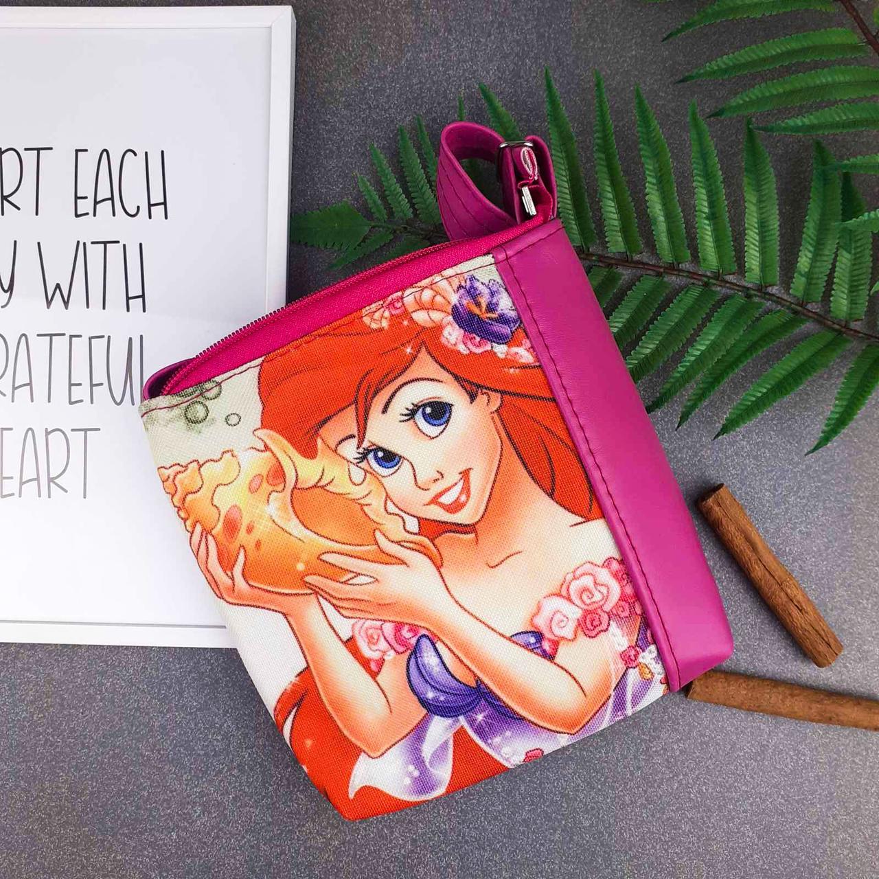 Розовая сумочка для девочки с принтом Ариель