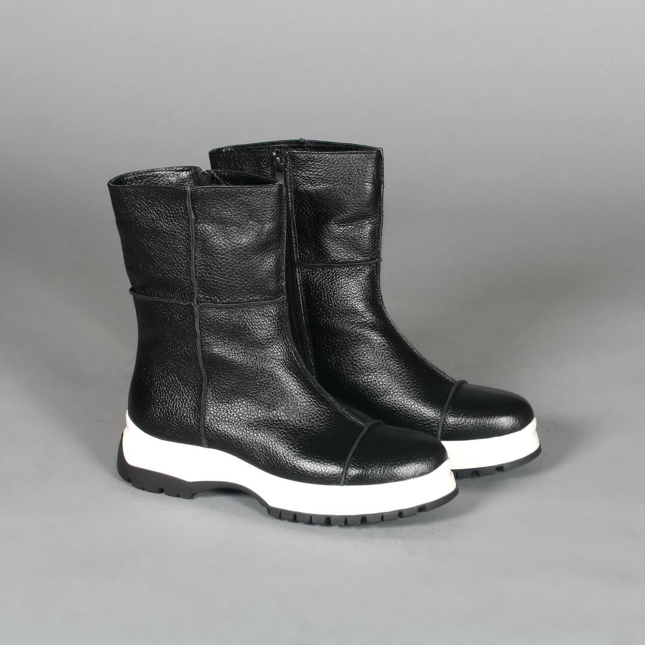 Стильные черные ботинки женские на утолщенной подошве. Зима. Деми.