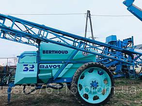 Major 32 Berthoud оприскувач