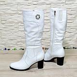 Сапоги женские кожаные на  устойчивом каблуке. Цвет белый, фото 2