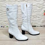Сапоги женские кожаные на  устойчивом каблуке. Цвет белый, фото 3