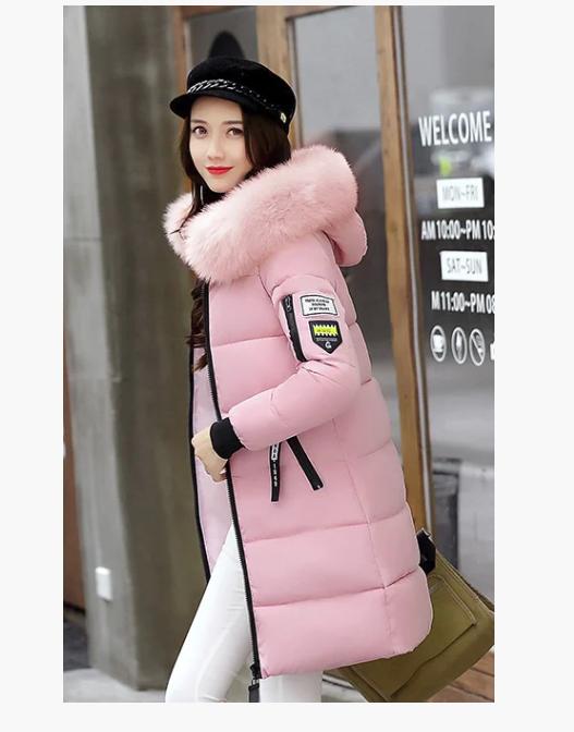 Женская куртка пуховик зимняя с капюшоном манжетами декоративный съёмный мех принт