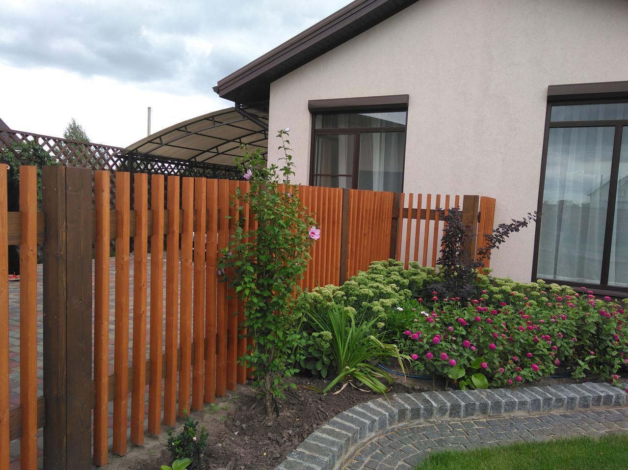 Деревянный забор жалюзи