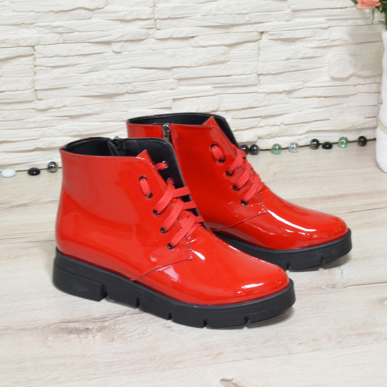 Ботинки женские красные лаковые на утолщенной подошве